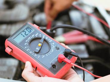 Automotive voltmeter multimeter