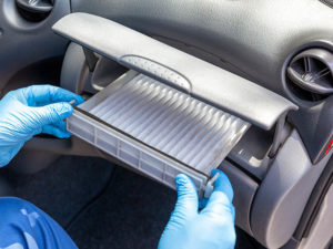 Replacing cabin air filter